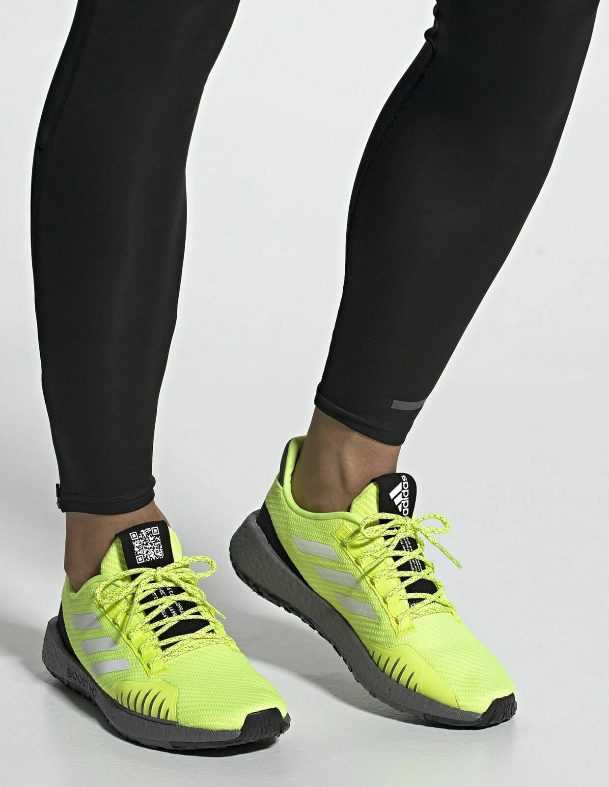 EF8906 Mens Adidas PulseBOOST HD WNTR GENUINE Running schuhe UK -8-9,5-10-11-11,5
