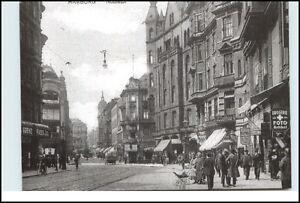 HAMBURG-St-Pauli-Strassen-am-Nobistor-Geschaefte-Personen-s-w-Reprint-Postkarte