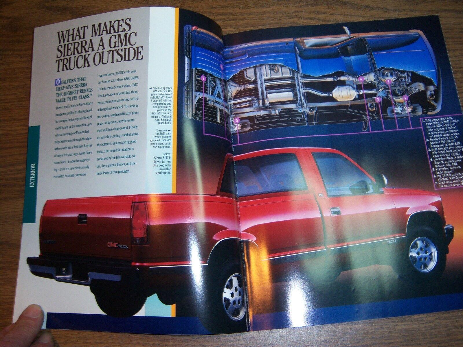MINT 1990 GMC TRUCK SIERRA 24 PAGE ORIG SALES BROCHURE 8-1//2 X 11 NEW BOX 450