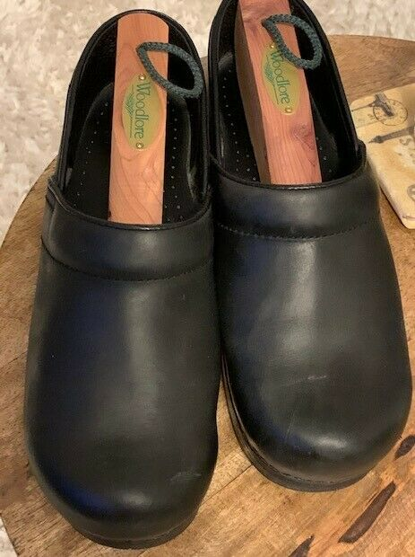 Professional Clogs Black Oiled Leather