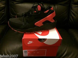 NIKE-AIR-HUARACHE-LOVE-HATE-PACK-BLACK-QS-LIMITED-EDITION-SIZE-UK-6-NEW