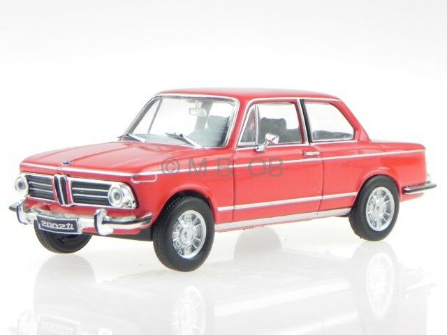 BMW e10 2002 Ti red 1968 modelcar WB195 Whitebox 1 43