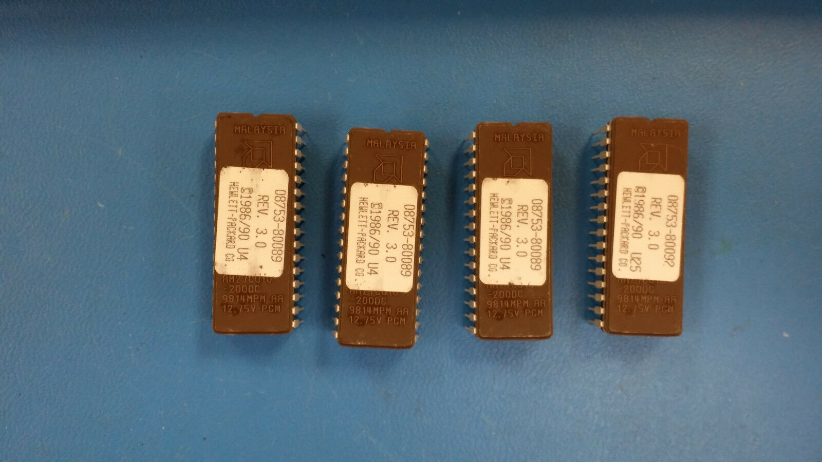 NEW*LOT OF 22pcs!* Advanced Micro AM27C010-200DC Programmable IC's **WARRANTY**