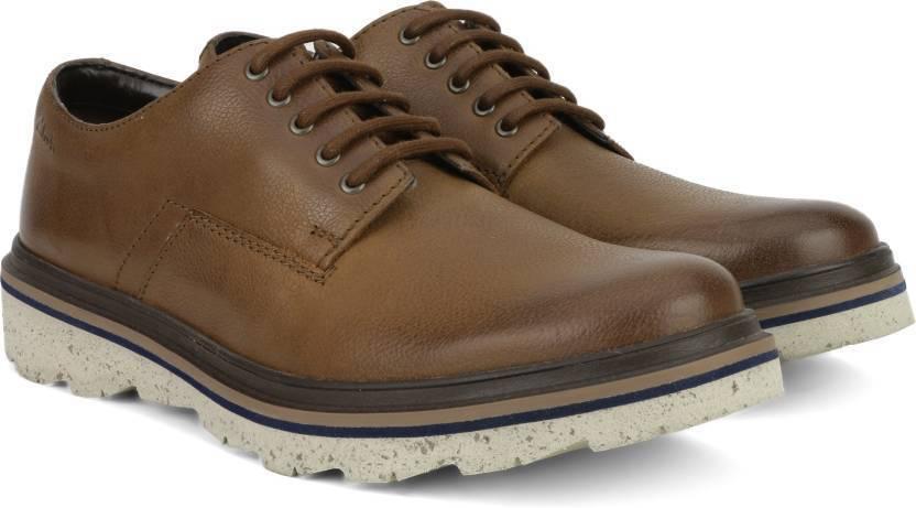 Clarks Para Hombre  FRELAN Encaje  Bruñido Marrón Lea, Smart & Trendy  Reino Unido 7,8,9,10 G