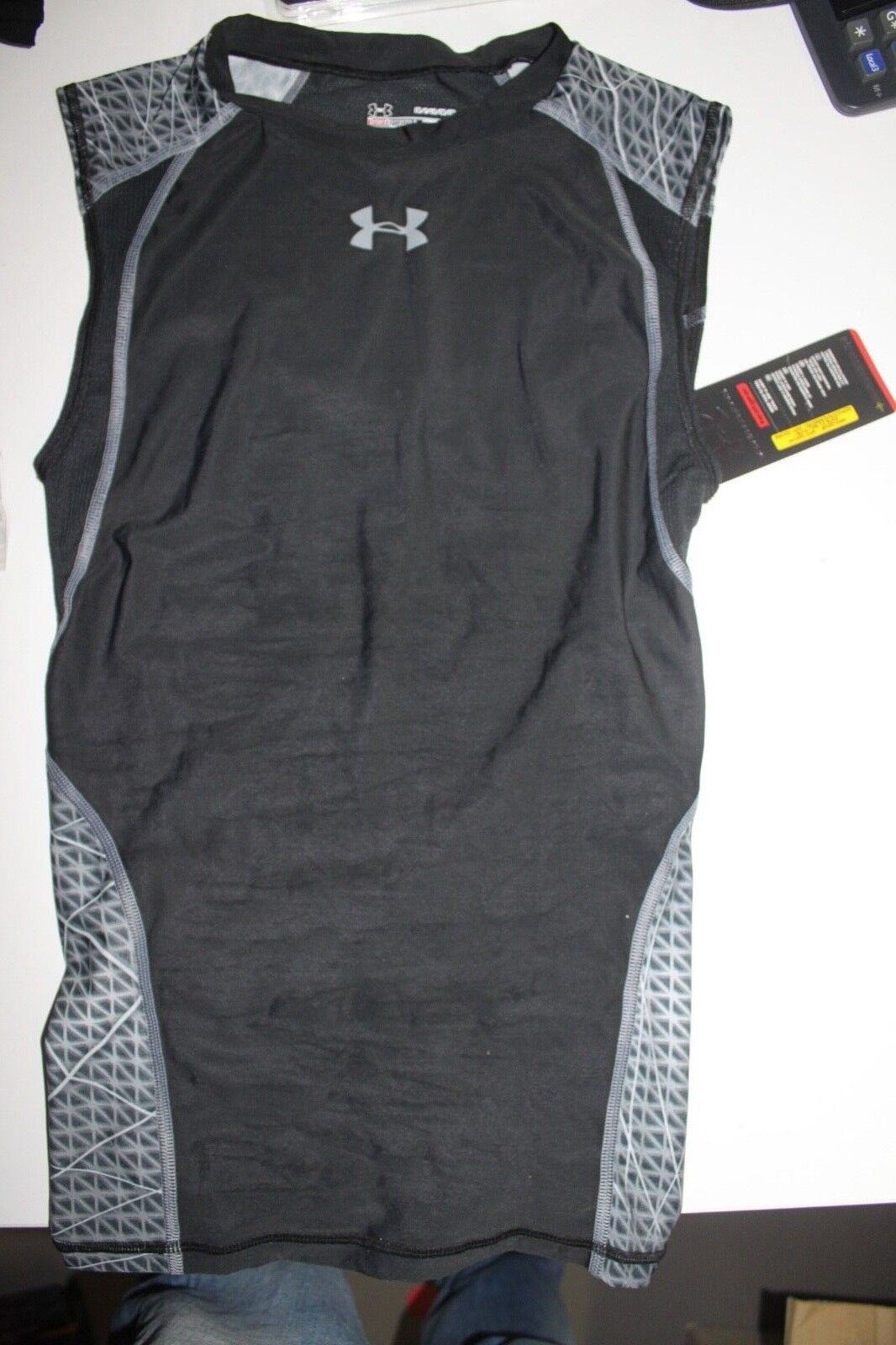 Under Armour Heatgear Shirt Size Size Shirt SM d93333