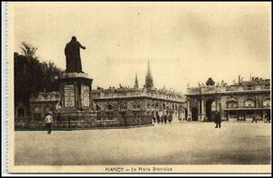 NANCY-France-CPA-1920-Place-Stanislas-Denkmal-Personen