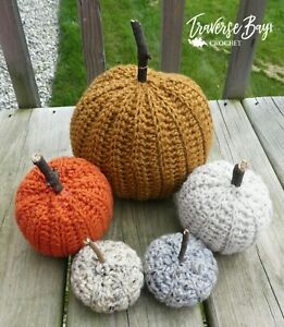 Country-Farm-Crochet-Pumpkin-decor-pattern-3-sizes-craft-shows-PATTERN-ONLY