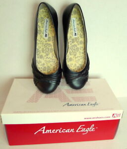 American-Eagle-Women-Size-7-Low-Wedge-Black-Slip-on-Shoes