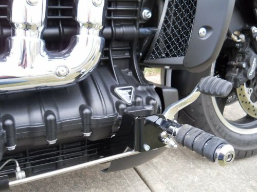 Classic /& Touring FC17-Forward Controls Triumph Rocket III Roadster Standard