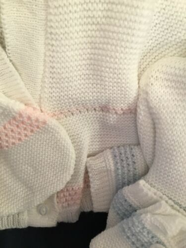 Baby Spanish Knitted Cardigan A /& Booties 3 Piece Set Boys Girls Pink Blue