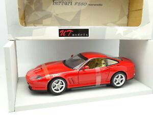 Modèles Ut 1/18 - Ferrari F550 Maranello Rouge