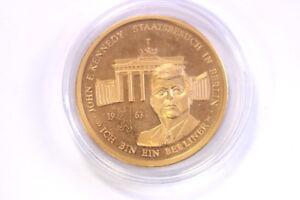 Tombak-Monedas-Kennedy-1963-Puerta-de-Brandenburgo-Dorado