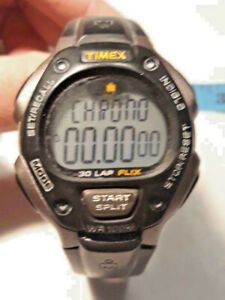 Timex-T5K196-Men-039-s-034-Ironman-Triathlon-034-30-Lap-Watch-Indiglo-Alarm-Ships-FREE