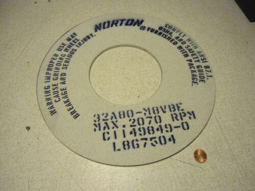 "Norton 32A80-M8VBE Grinding Wheel 12/"" x 0.25/"" x 5/"""