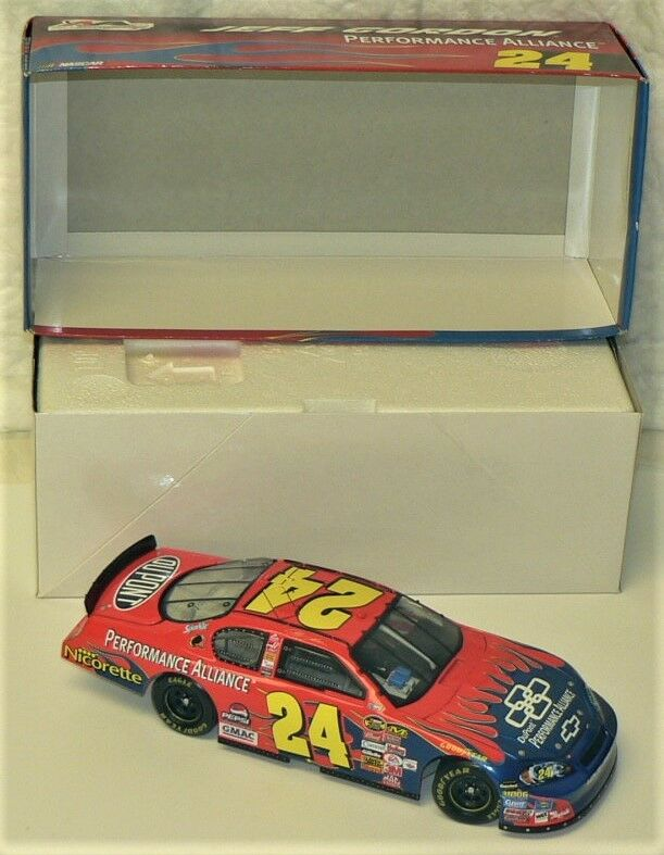 NASCAR - JEFF GORDON - Lot of 6 (2006) (2006) (2006) Limited Collectable Cars by ACTION Racing b86768