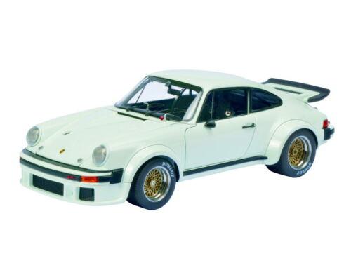 Schuco Classic PORSCHE 934 RSR Bianco 1:18