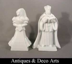 Herend 2 White Porcelain Figures 5405 + 5419