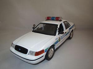 Moteur-Max-Crown-victoria-034-Abbotsford-police-034-Blanc-1-18-sans-emballage