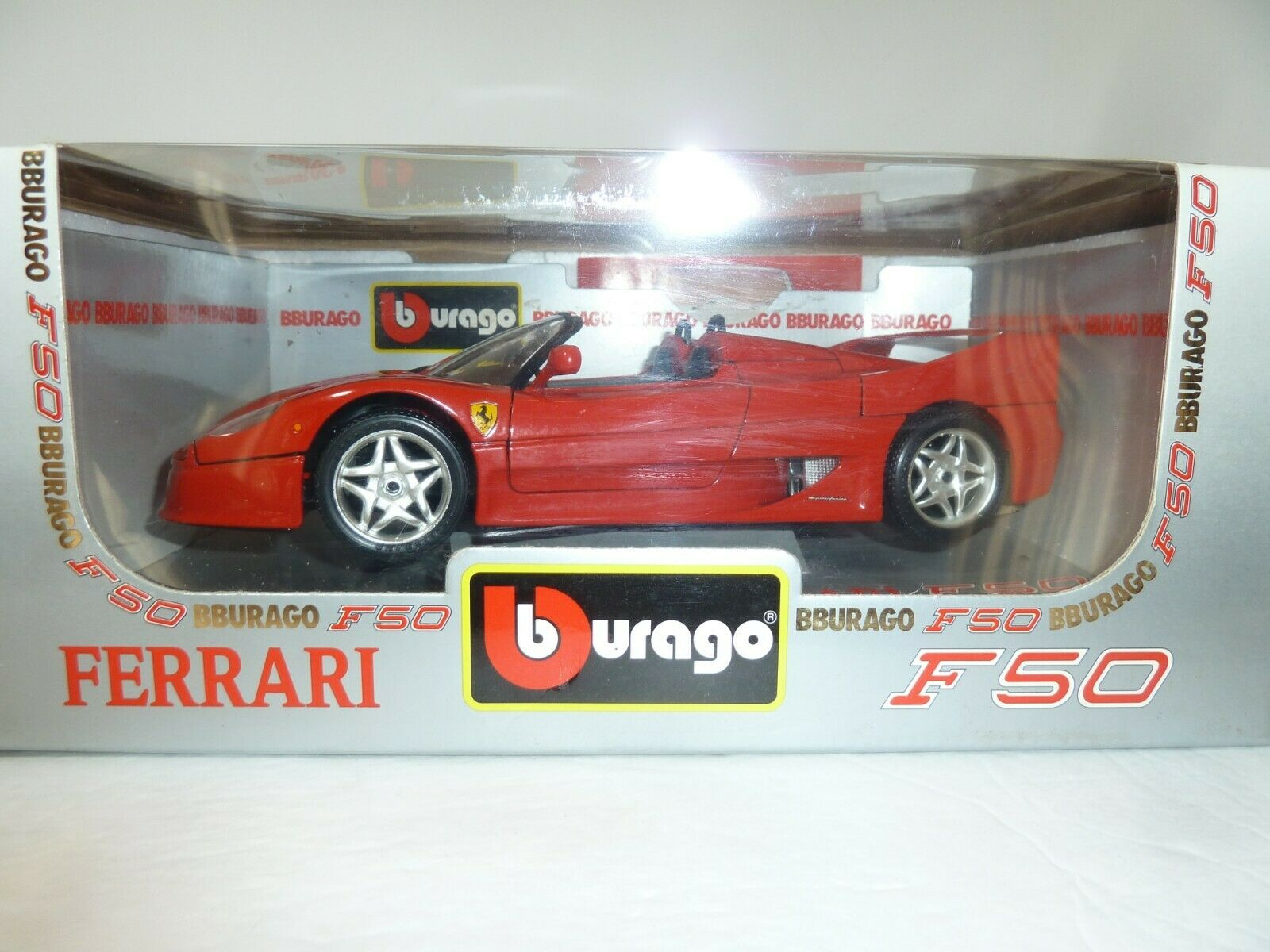 1 18 Burago Ferrari F50 1995 Diecast Congreenible Car Model 3352 Red