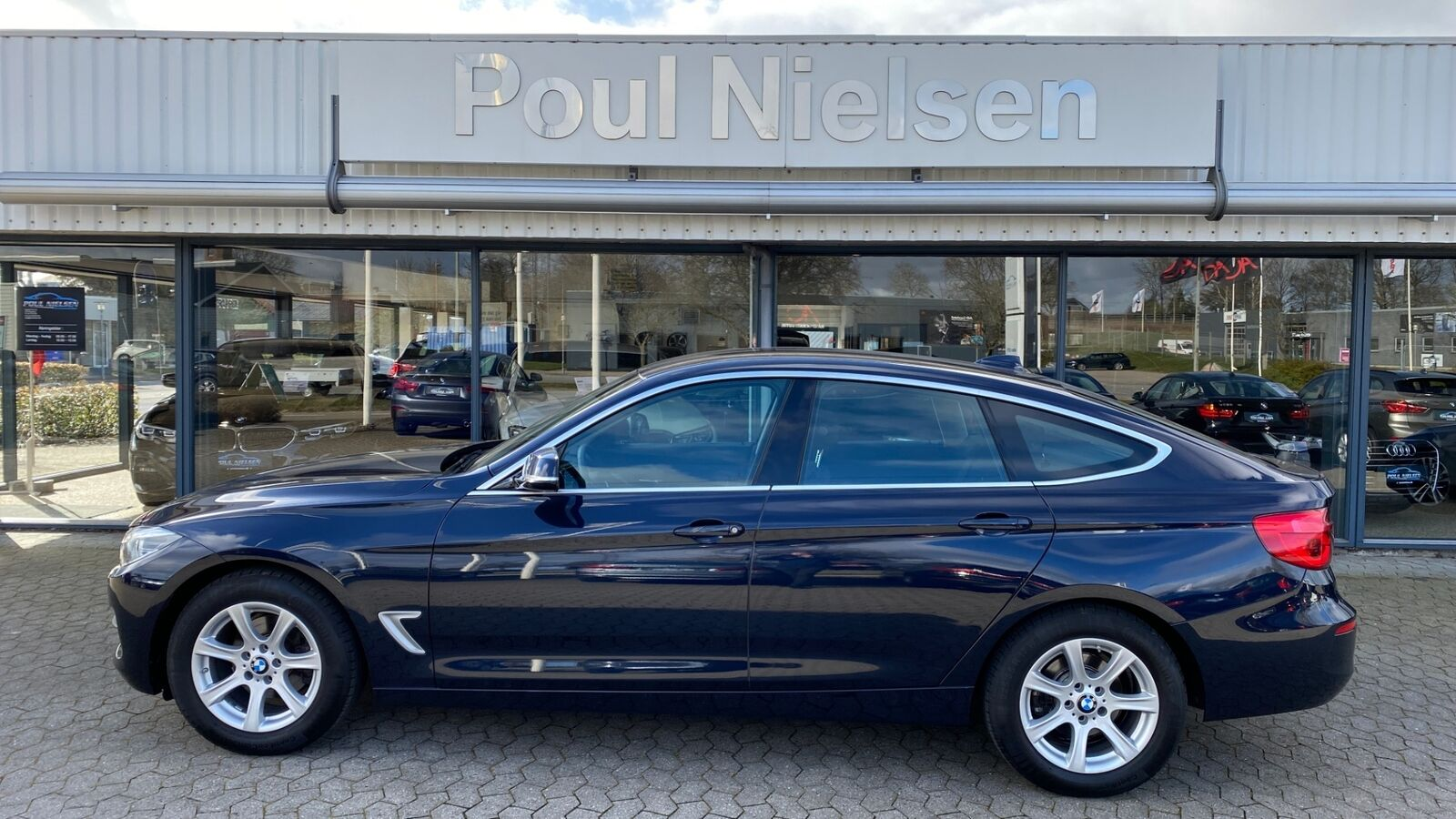 BMW 320d 2,0 Gran Turismo Executive aut. 5d
