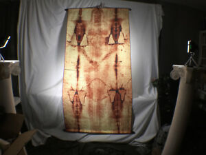 Shroud-of-Turin-Full-Size-Body-Sepia-on-Linen-Cloth-6-x-3-feet-with-Free-Book