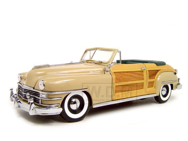 1948 CHRYSLER TOWN AND COUNTRY CREAM 1 18 DIECAST CAR MODEL BY SUNSTAR 6140