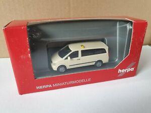 Herpa-MB-Vito-2010-recolector-extensa-zona-taxi-090957