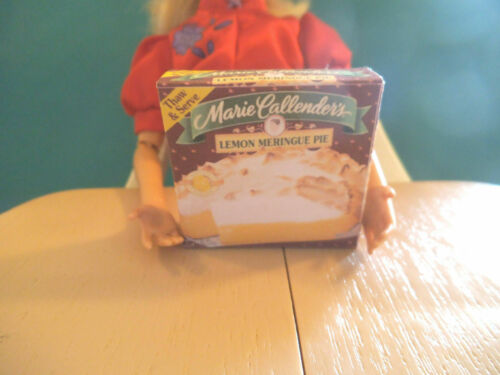 Barbie Doll 1:6 Miniature Kitchen Food Frozen Pie NO REAL FOOD