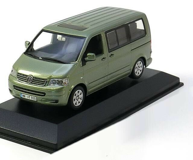 RARE VW T5 7 H TDI 2003 Multivan Fresco vert 1 43 Minichamps (concessionnaire modèle)