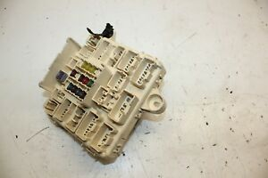 2001-2005 LEXUS IS300 DASH INTERIOR RELAY FUSE BOX WITH ... on