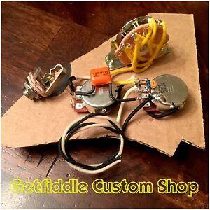 stratocaster wiring harness 500k pots 047 orange drop treble bleed 3 way switch ebay. Black Bedroom Furniture Sets. Home Design Ideas