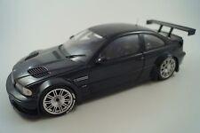 Minichamps Modellauto 1:18 BMW M3 GTR 2001