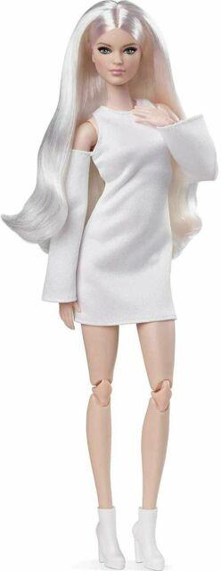 Mattel Barbie Signature Looks Doll GXB28 Model #6