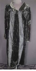 VERY-RARE-FRENCH-EDWARDIAN-1900-1920-BLACK-SILK-VELVET-DRESS-SIZE-10