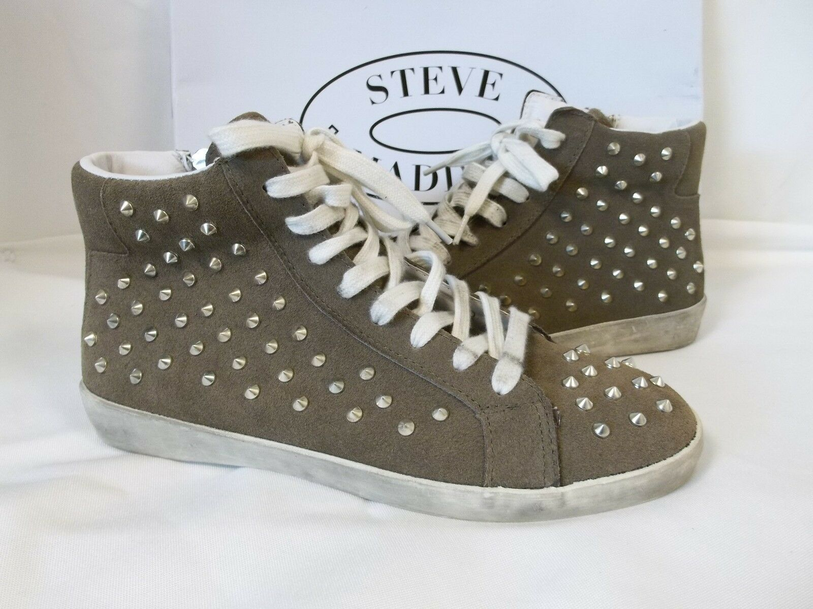Steve Madden 7.5 M TWYNKLE Taupe Suede Fashion Sneakers New Womens shoes