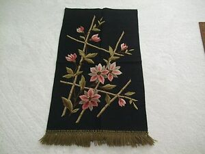 ANTIQUE-WALL-HANGING-HAND-MADE-WOOLEN-EMBROIDERY-C-1900