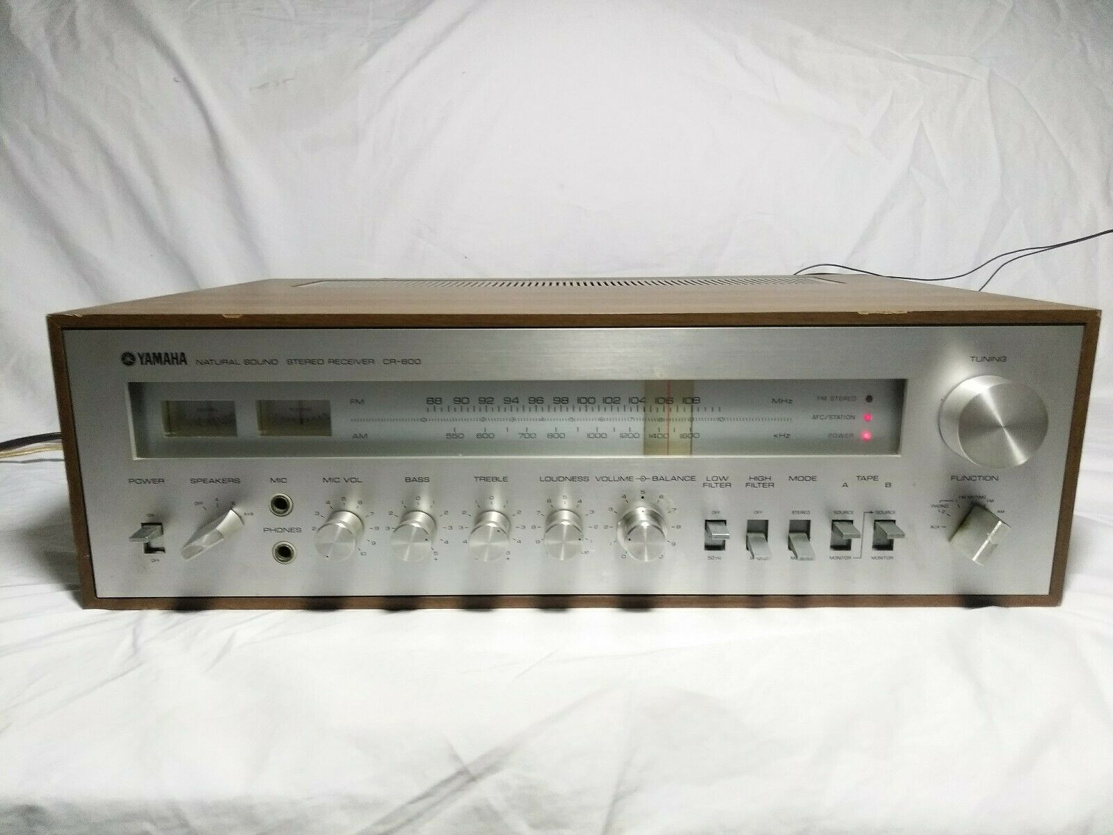 Yamaha Natural Sound Stereo Receiver Cr-600 for Parts Repair