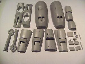 GMAJR3211-1-32-P-38-LIGHTNING-BACKDATE-Revell-Trumpeter-P-38-L-kit-to-E-F-G