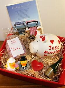 Hochzeit Geldgeschenke Set Just Married Geschenke Ideen Geld verschenken  Herzen | eBay