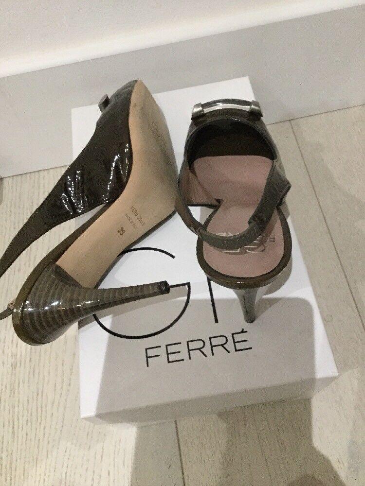 GF GF GF Ferre Leather schuhe Größe 39 NEW In Box d9b859