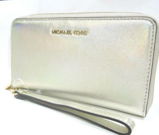 c7b48747f8de41 Michael Kors Large Flat Phone Case Pale Gold Smooth Leather Wallet NWT $118