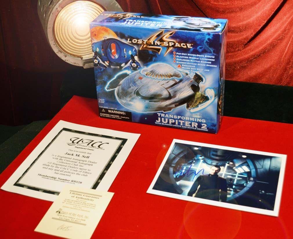 Signed GARY OLDMAN   Lost In Space  TRANSFORMING JUPITER 2 Model 1997 MIB, COA