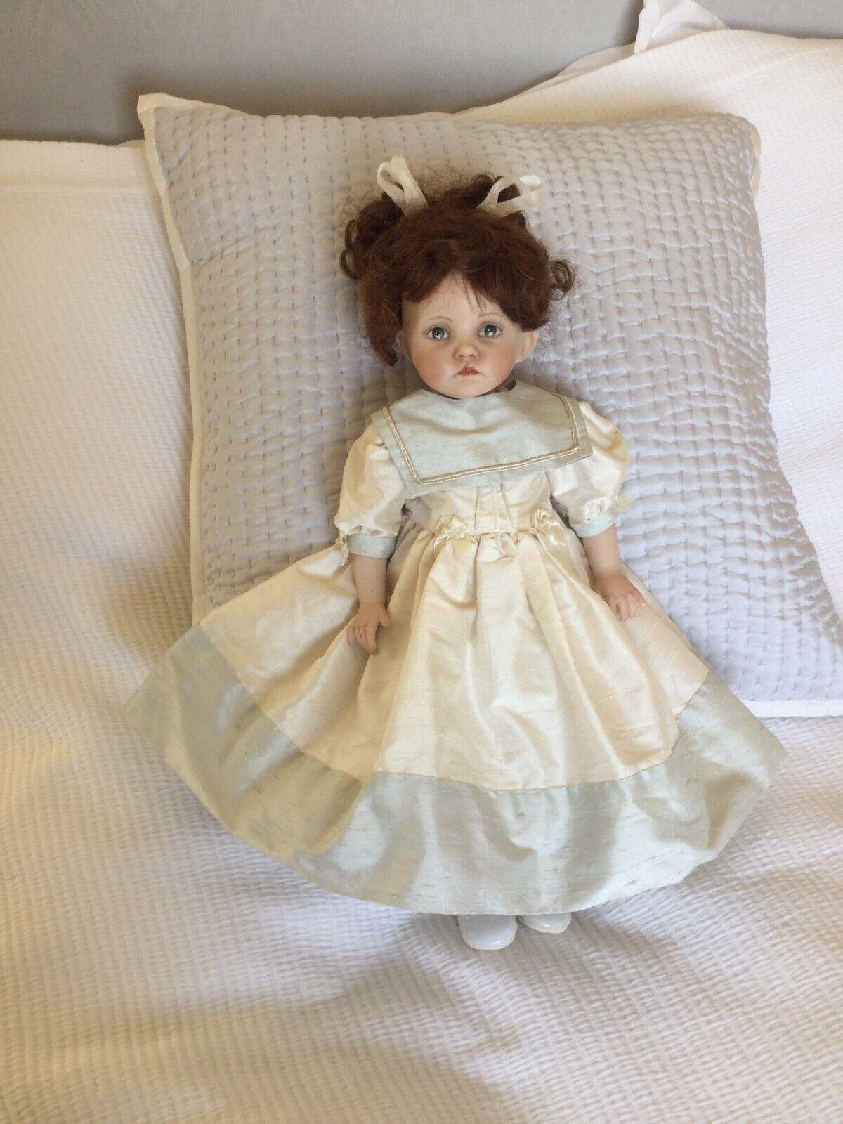 Bambola fatta a uomoo  in abiti di seta  grande vendita