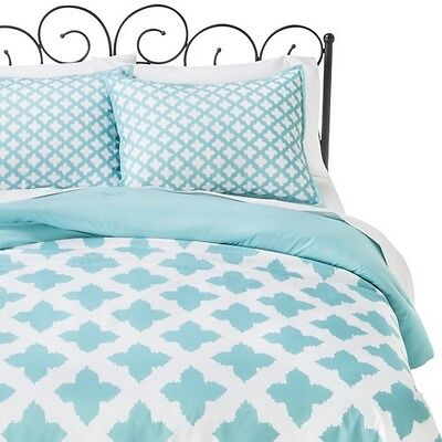 Xhilaration Star Reversible Comforter Set
