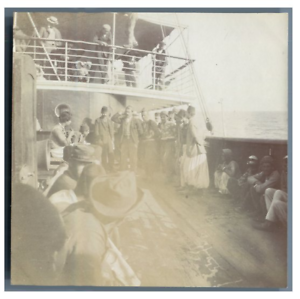 Tunisie-Danses-tunisiennes-sur-le-bateau-vintage-citrate-print-Tirage-citrat