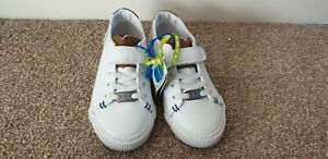 Boys Trainers Size Infant 10