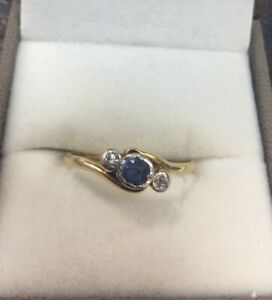 1920-039-s-18ct-Gold-and-Platinum-Sapphire-and-Diamond-Ring