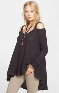 dc8f463a34442 NWT Free People Moonshine V neck Gray Thermal Cold Shoulder Top Cut ...