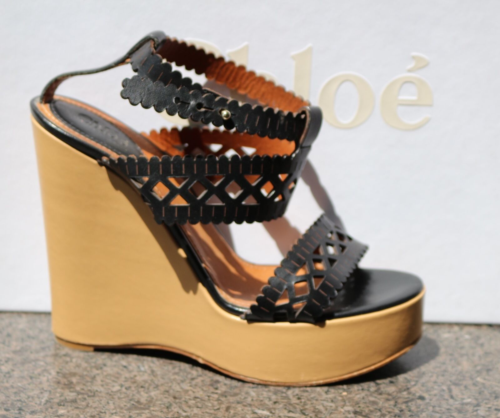 Gently Worn CHLOE Wedge Platform Two-Tone Strap Sandals shoes 40.5 (Fits US 9.5)