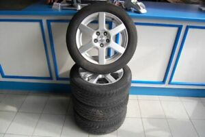 Phrase-Jantes-alu-avec-pneus-d-039-ete-Opel-Astra-UNIROYAL-RainExpert-205-55r16-91-H